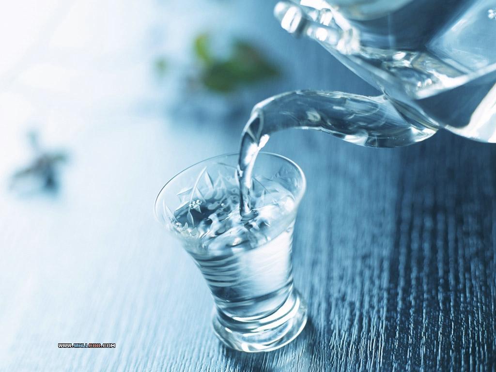 Những sai lầm thường mắc khi uống nước