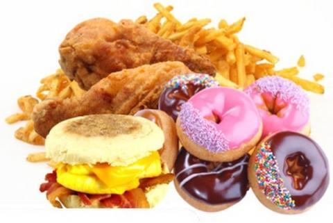 10 thực phẩm sẽ khiến bạn sớm lão hóa
