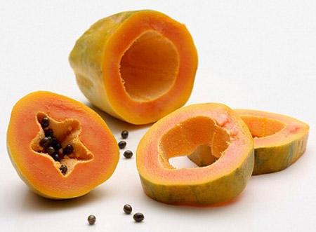 Trị giun kim: ăn đu đủ chín vào buổi sáng lúc đói, liên tục 3 - 5 hôm