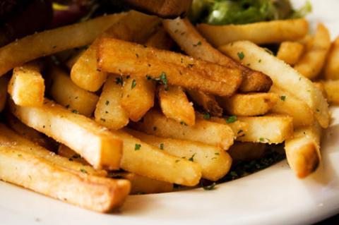 8 loại đồ ăn cần tránh khi giảm cân