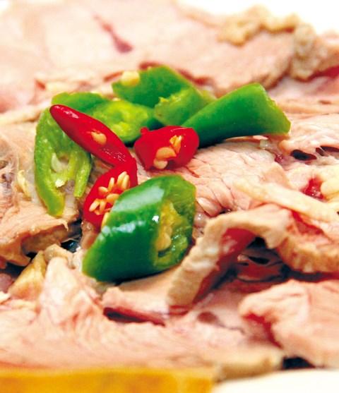 Người bị dương, khí hư trong  món ăn hằng ngày có thể cho nhiều gia vị cay ấm.