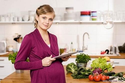 Một chế độ ăn uống cân bằng và phù hợp sẽ rất tốt cho mẹ bầu và thai nhi.