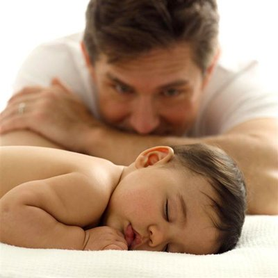 Khả năng làm cha của đàn ông giảm mạnh sau 40 tuổi
