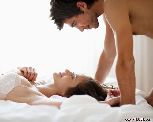 10 điều đàn ông thường nghĩ tới khi sex