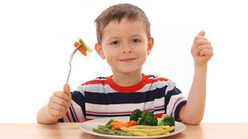 6 dấu hiệu cảnh báo trẻ biếng ăn
