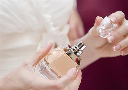 7 mùi gây hại đối với sức khỏe bé