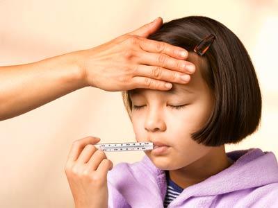 cách xoa dịu triệu chứng cảm cúm cho trẻ