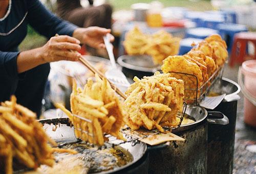 tránh các món ăn vặt không tốt cho cơ thể