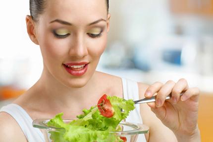 """Vitamin 1: Bổ sung đầy đủ các vitamin thiết yếu cho cơ thể, """"chuyện ấy"""" sẽ thuận lợi hơn rất nhiều. Ảnh minh họa"""
