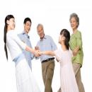 Bí quyết chọn quà tặng làm ấm lòng cha mẹ