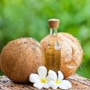 7 công dụng vàng làm đẹp da với dầu dừa