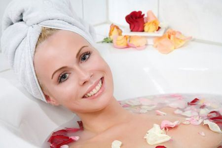 Chăm sóc làn da với hoa hồng
