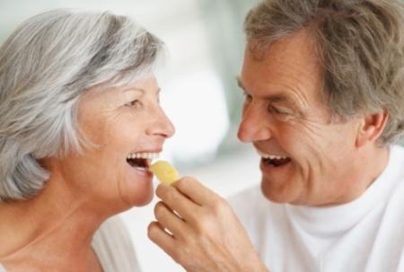 Thuốc cung cấp vitamin và khoáng chất cho phụ nữ trên 50 tuổi - centrum silver for women 50+