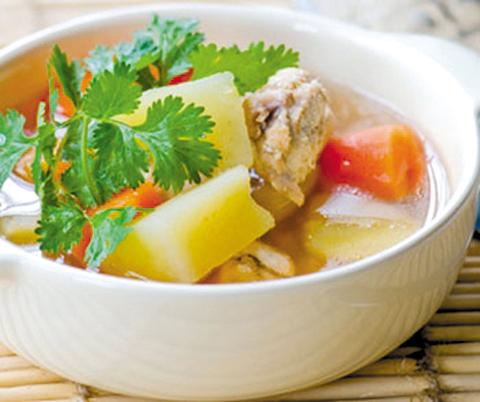 Phụ nữ tuổi trung niên nên ăn gì để khỏe mạnh?
