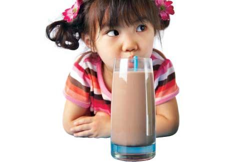 Vì sao cần bổ sung dha và bổ sung như thế nào cho trẻ em