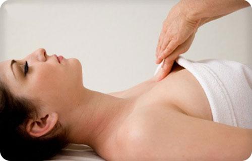 Thói quen tốt giúp bạn có một bộ ngực căng tròn