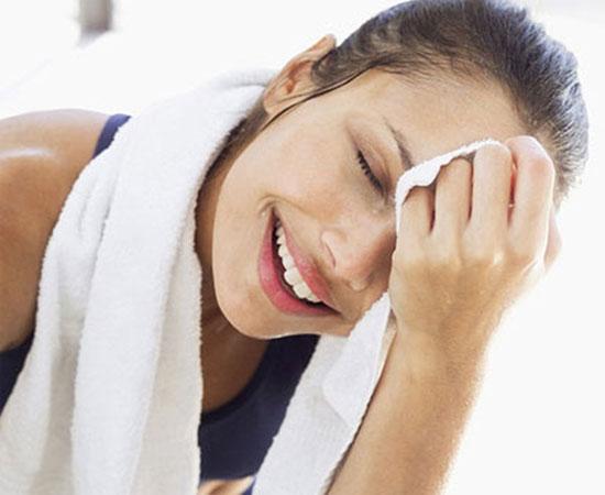 Cách chăm sóc da khi tập thể dục