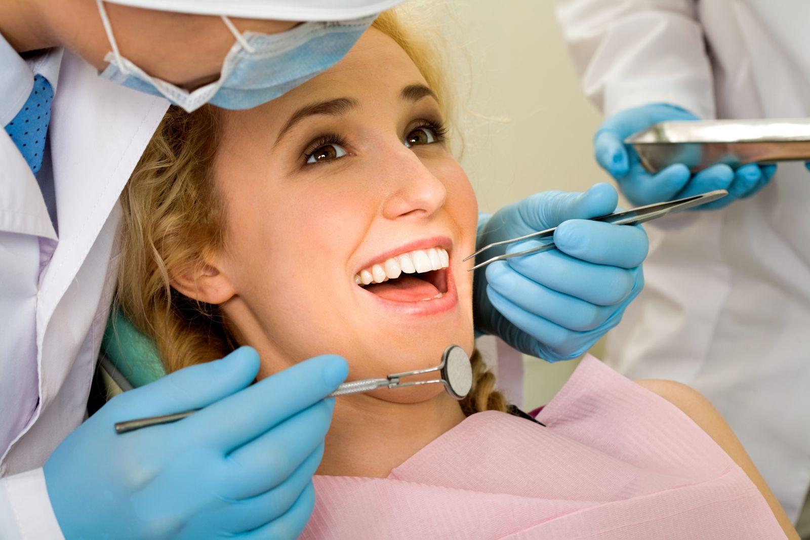 Cách đơn giản giúp răng miệng sạch, thơm