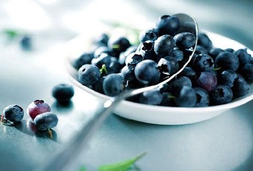 Thực phẩm nào giúp giảm cholesterol trong máu?