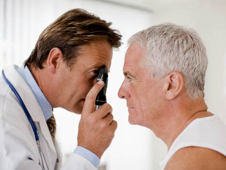 Người cao tuổi thường mắc những bệnh gì về mắt?