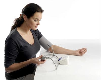 Người huyết áp tăng đột ngột nên uống trà gì?