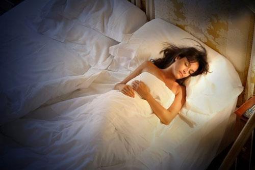 Nguyên nhân và cách khắc phục chứng mất ngủ