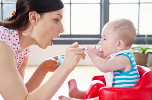 Những điều cần tránh khi chăm sóc trẻ biếng ăn
