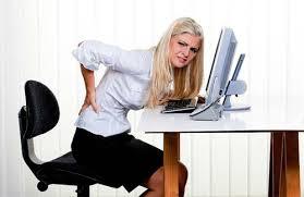 Người ngồi văn phòng dễ bị đau nhức xương khớp