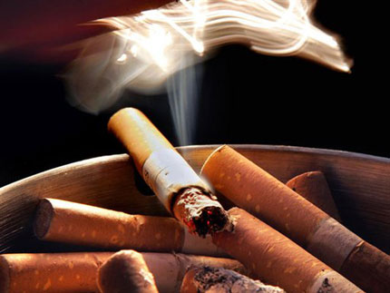 thuốc lá ảnh hưởng xấu đến sức khỏe của chị em phụ nữ