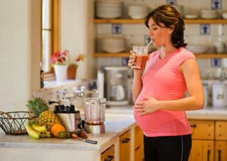 Rainbow Light Prenatal cung cấp đầy đủ dưỡng chất cho bà bầu và thai nhi