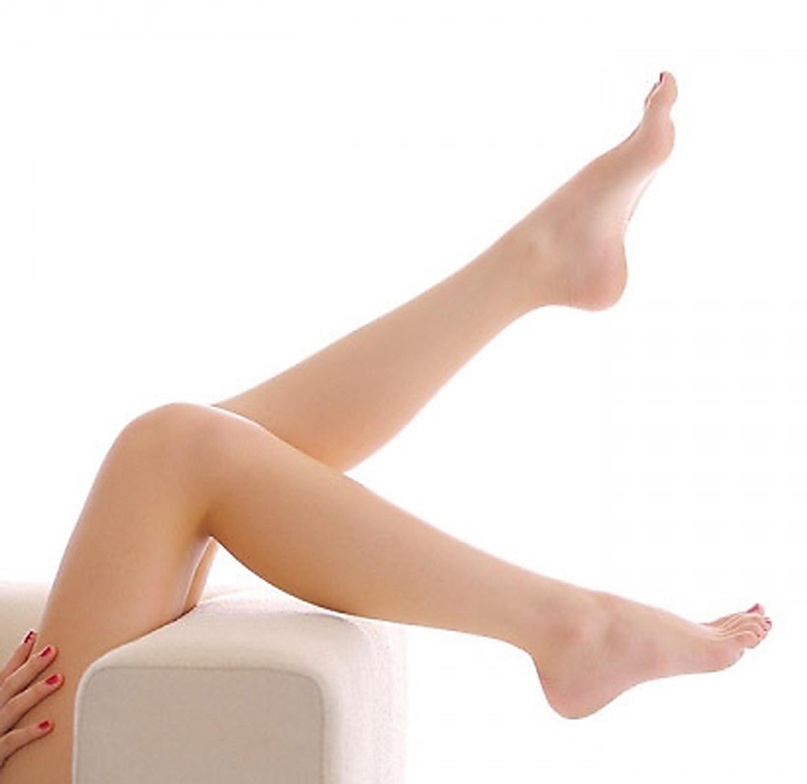 Ngăn tình trạng chảy máu gót chân và giữ ẩm vùng da gót chân tránh tình trạng bong tróc đau đớn khi di chuyển