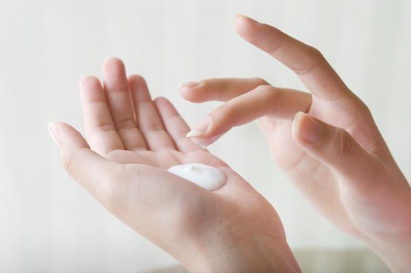 Neutrogena body wrap lotion 250ml : kem dưỡng ẩm cho da