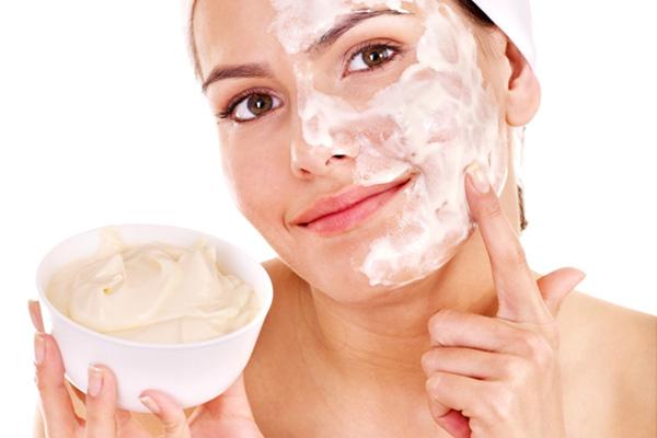 Mặt nạ từ kem sữa- ảnh: Shutterstock