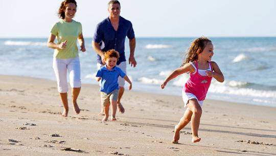 Bé phát triển thông minh và khỏe mạnh luôn là mong muốn của tất cả các bậc cha mẹ
