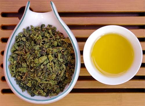 trà Ô Long giàu nguyên tố như sắt, canxi, enzym