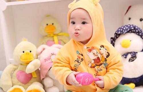 Childlife Liquid Calcium and Magnesium cho bé sự đáng yêu và hệ xương chắc khỏe