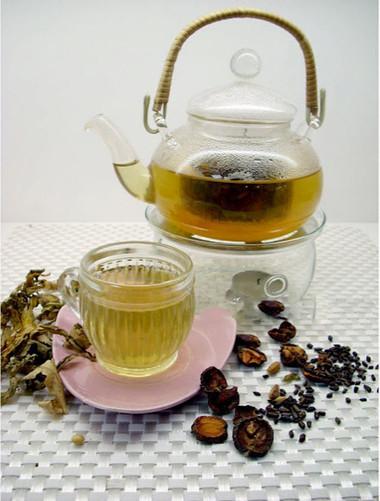 Trà Sơn trà, Bả đậu