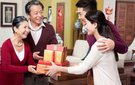 Quà tặng sức khỏe cha mẹ là gợi ý hoàn hảo giúp bạn truyền tải thông điệp yêu thương