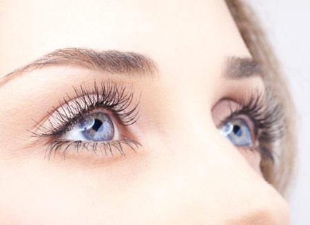 Đôi mắt sáng, khỏe đẹp là điều ai cũng mong muốn