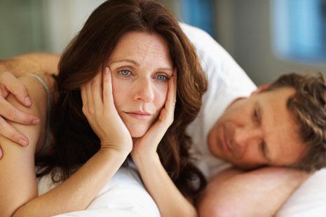 Suy giảm estrogen là nguyên nhân chính của thời kỳ tiền mãn kinh
