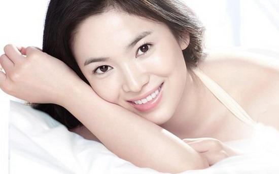 Sử dụng nước uống Shiseido Pure White mỗi ngày để có làn da trắng sáng tự nhiên