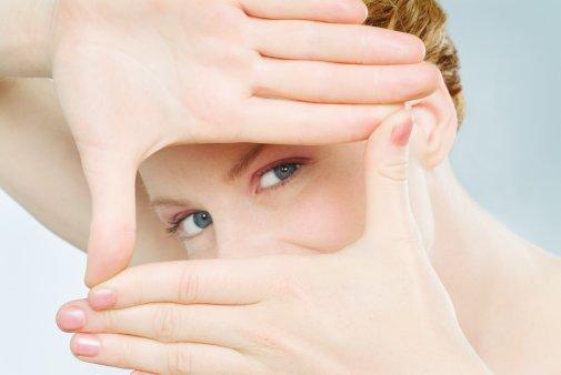 Sử dụng Best Lutein 20mg Doctors Best mỗi ngày để có một đôi mắt sáng khỏe