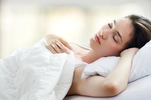 Vitafusion melatonin – kẹo dẻo hỗ trợ điều trị mất ngủ hiệu quả, chống stress, 120 viên