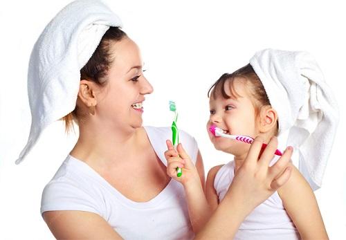 Đánh răng là một thói quen tốt giúp phòng ngừa hiệu quả bệnh răng miệng
