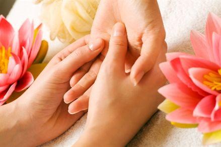 Lá lốt giúp chữa trị ra mà hôi tay