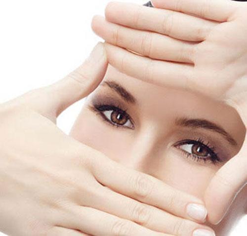 Quả Việt Quất cung cấp vitamin A giúp duy trì và tăng cường thị lực