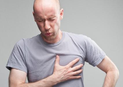 Những cơn cơn ho hay tức ngực, khó thở kéo dài sẽ gây ảnh hưởng nghiêm trọng đến sức khỏe bạn