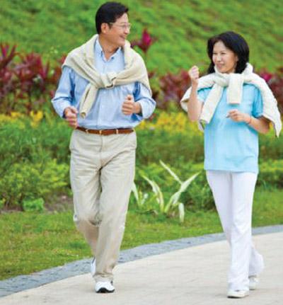 Kirkland Signature Glucosamine, Chondroitin and MSM uy trì sụn và khớp khỏe mạnh
