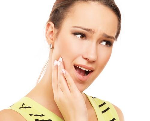 Răng, nướu đau nhức gây ảnh hưởng đến sức khỏe bạn?