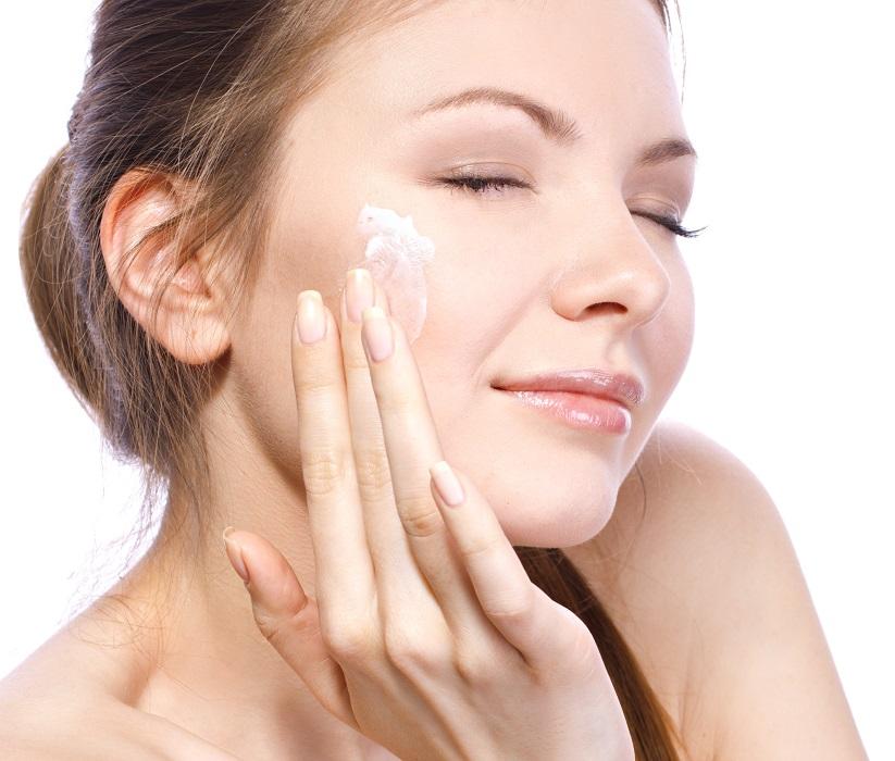 Kem dưỡng trắng da chống nắng dành cho da khô và da nhờn skii ws derm definition uv lotion 30g